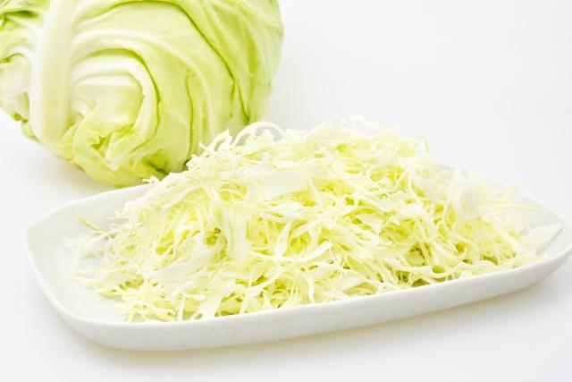 節約と栄養のスーパー食材!キャベツ・納豆・チーズを食べよう!