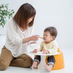 離乳食を食べる時、スプーンを持ちたがる赤ちゃん対策!