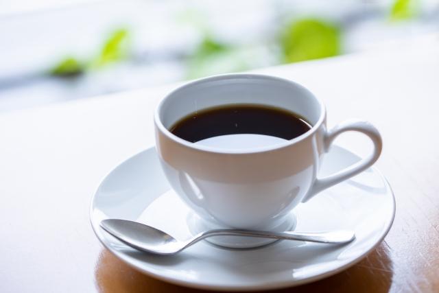 コーヒーのカフェインレスとカットしてあるものの違いや効果は?